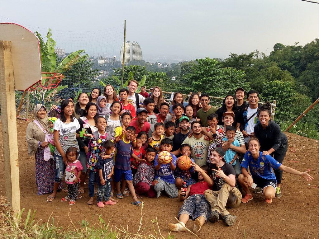 indonesia global volunteers